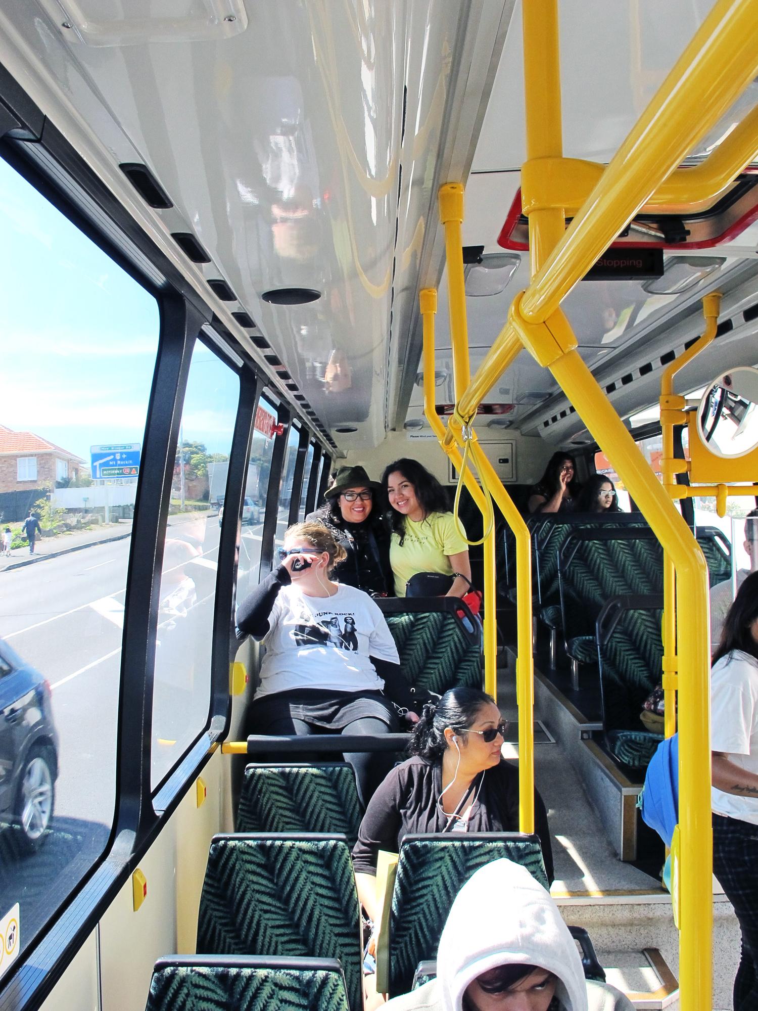 bus02s